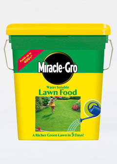2kg Miracle Gro Water Soluble Lawn Food